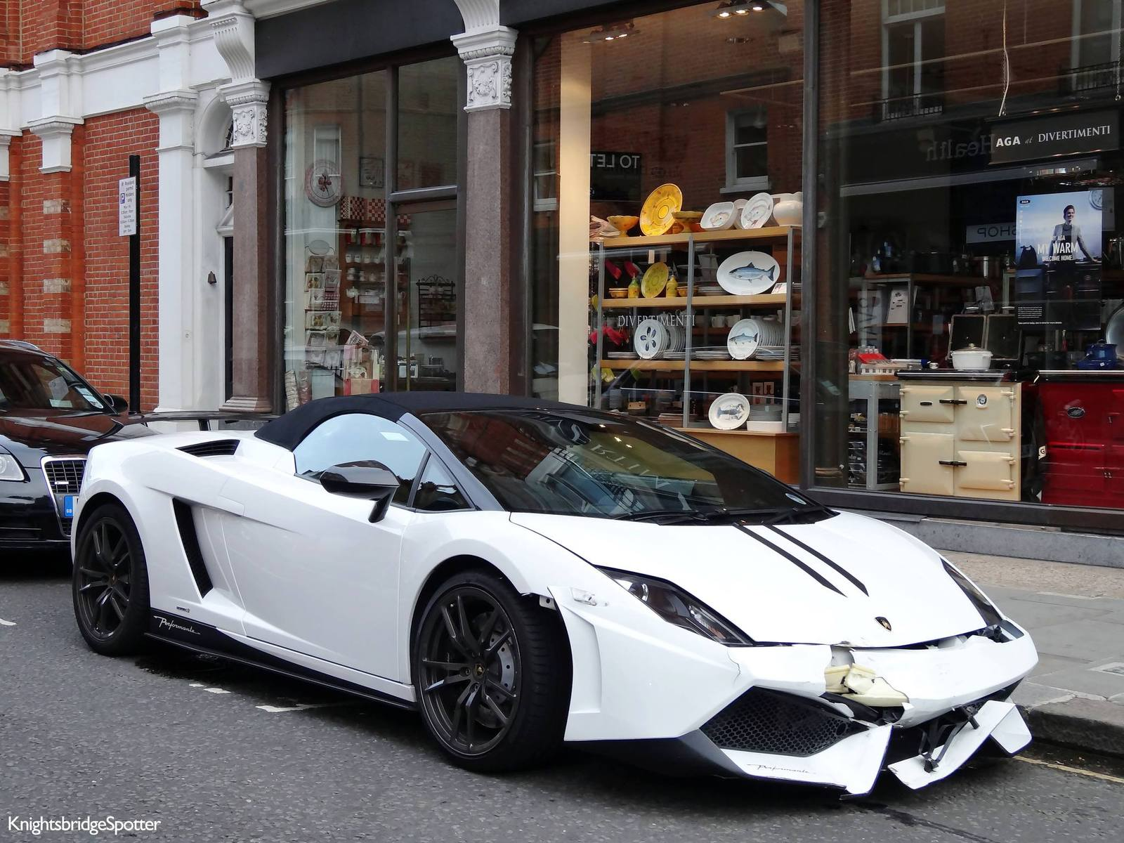 Lamborghini Gallardo Lp570 4 Performante Smashes Front End In London