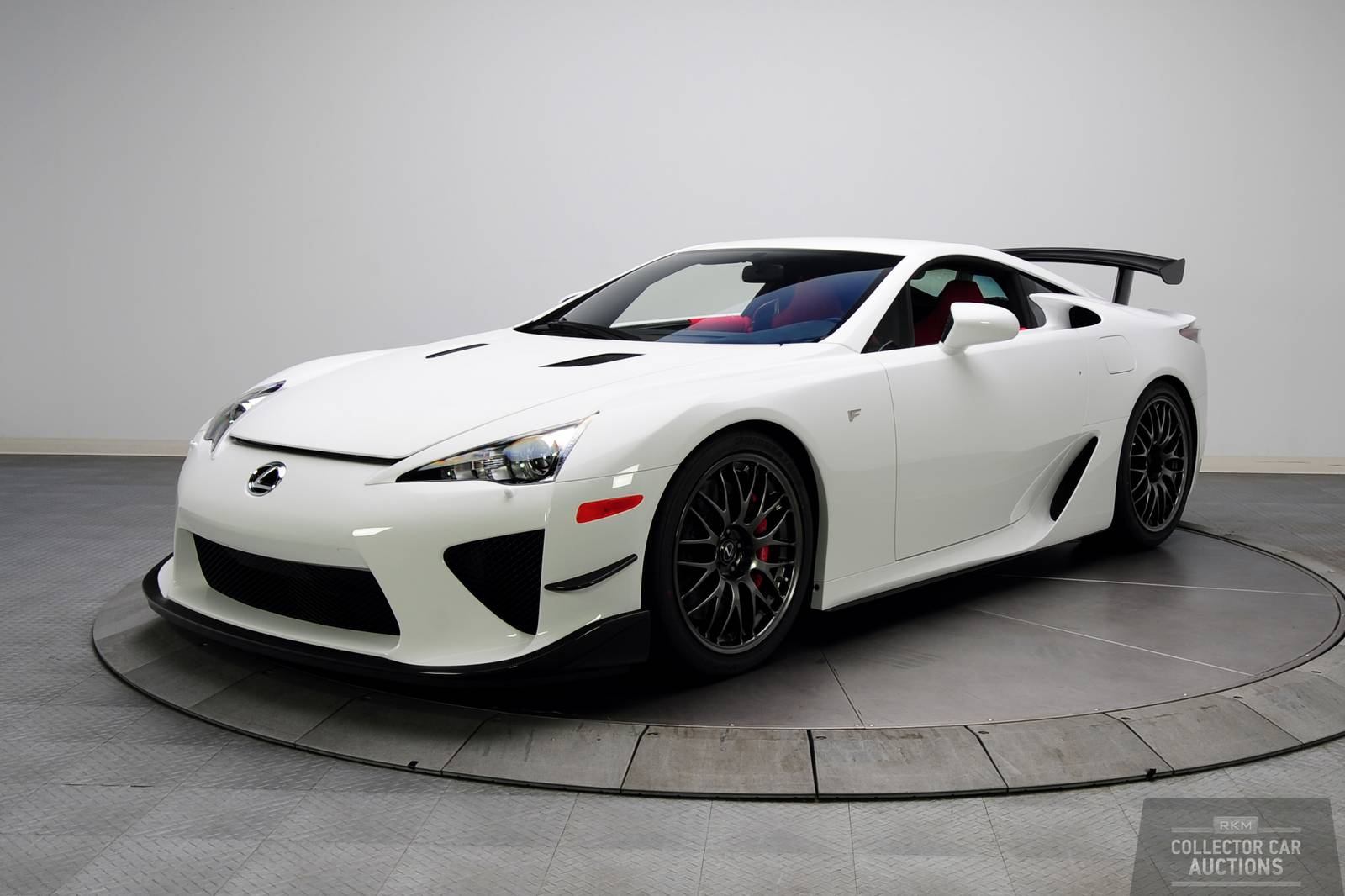 https://storage.googleapis.com/gtspirit/uploads/2013/10/auctions_2012-Lexus-LFA-Nurburgring_1644916.jpg