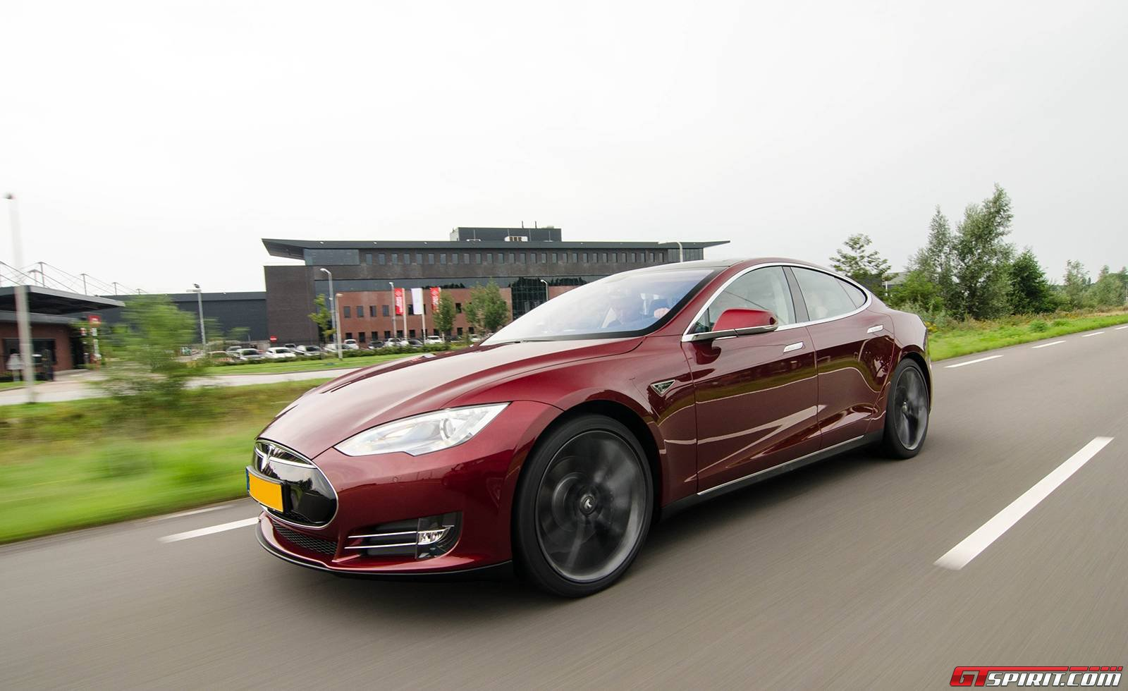 tuned tesla model s to be offered in germany gtspirit. Black Bedroom Furniture Sets. Home Design Ideas