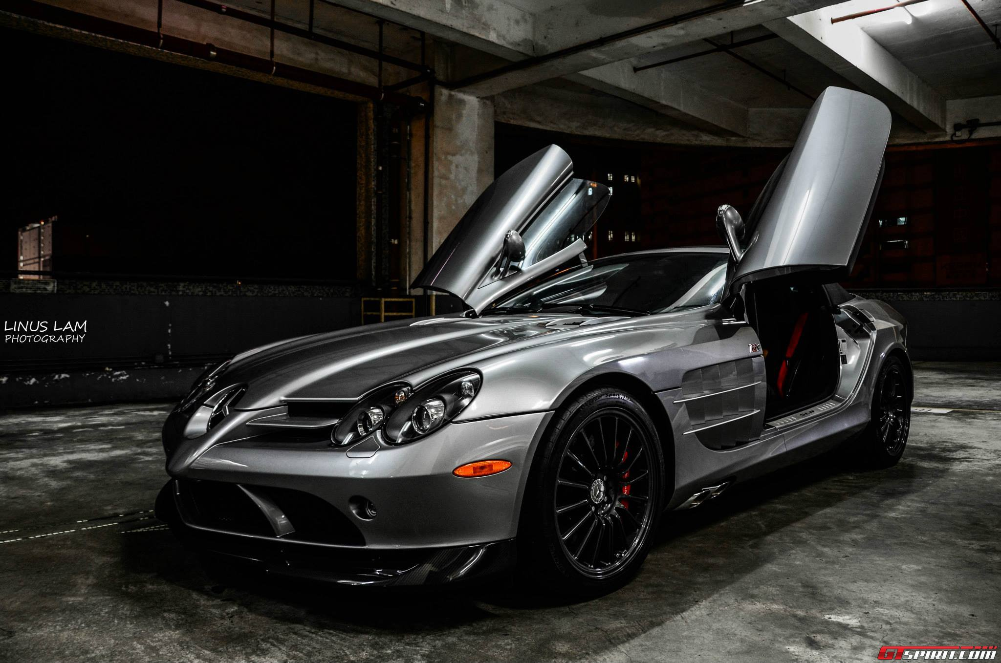 photo of the day mercedes mclaren slr 722 edition in hong. Black Bedroom Furniture Sets. Home Design Ideas