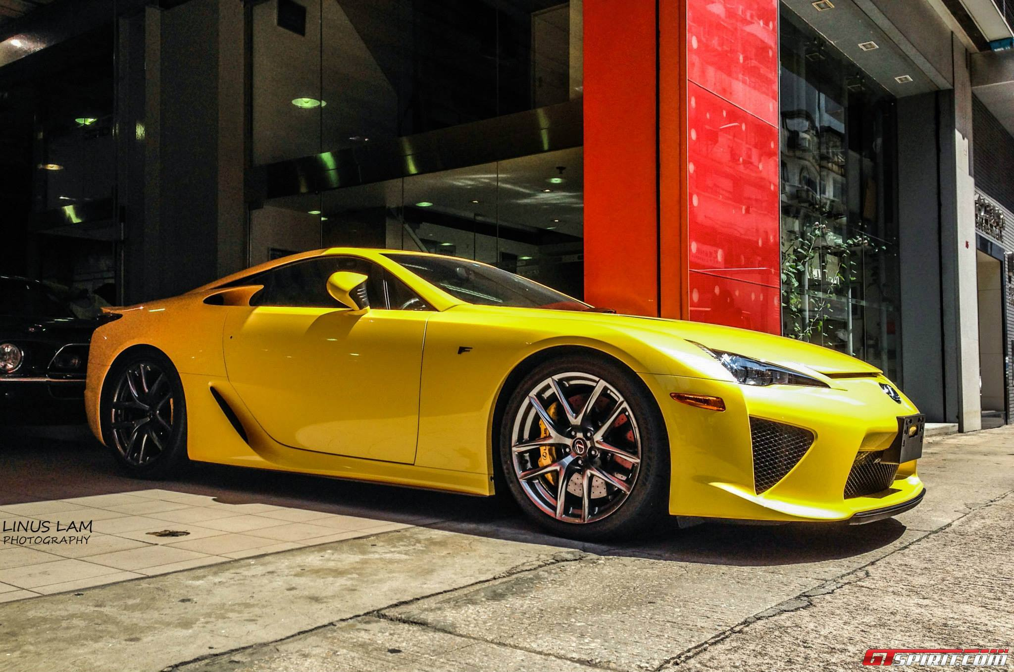 Charming ... Yellow Lexus LFA! China ...