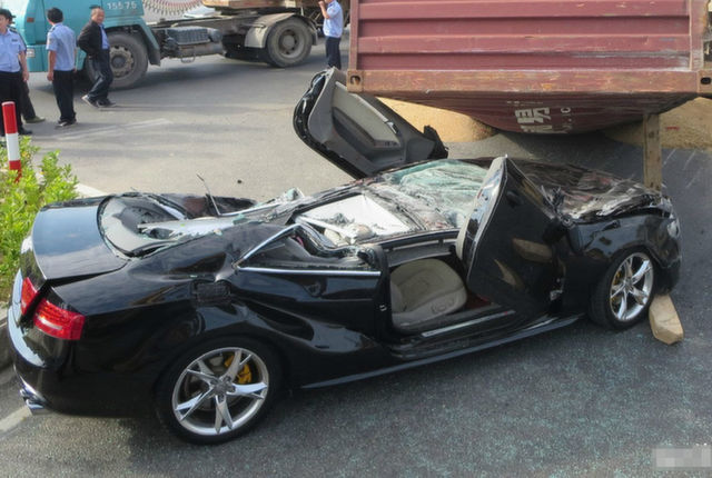 Audi S5 Crushed by Shipping Container in China