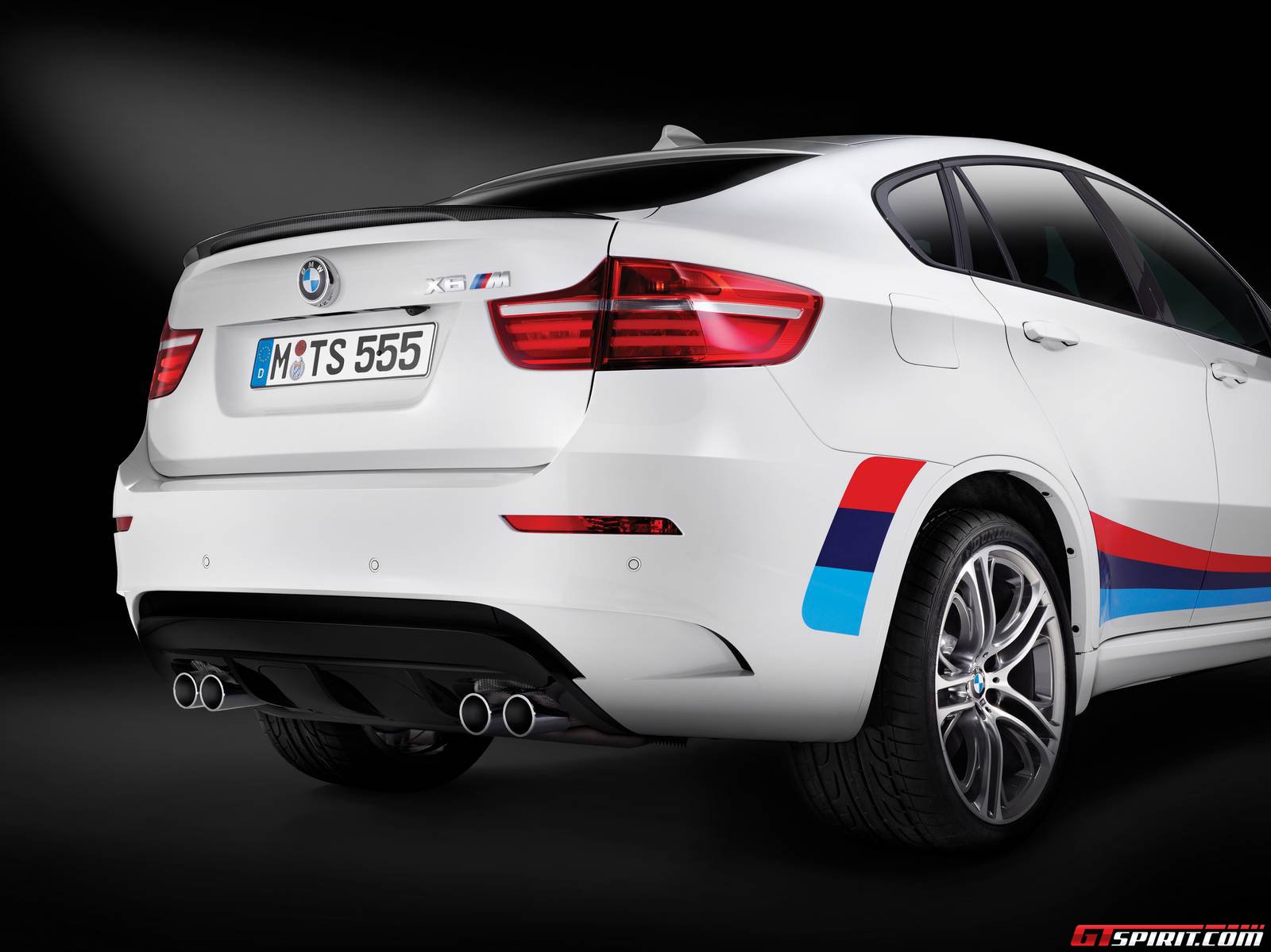 official bmw x6 m design edition gtspirit. Black Bedroom Furniture Sets. Home Design Ideas