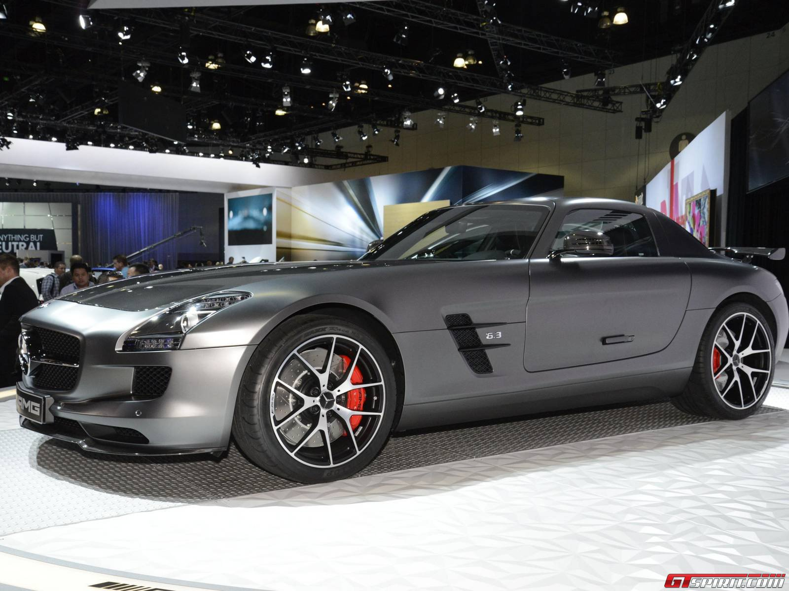 los angeles 2013 mercedes benz sls amg gt final edition gtspirit. Black Bedroom Furniture Sets. Home Design Ideas