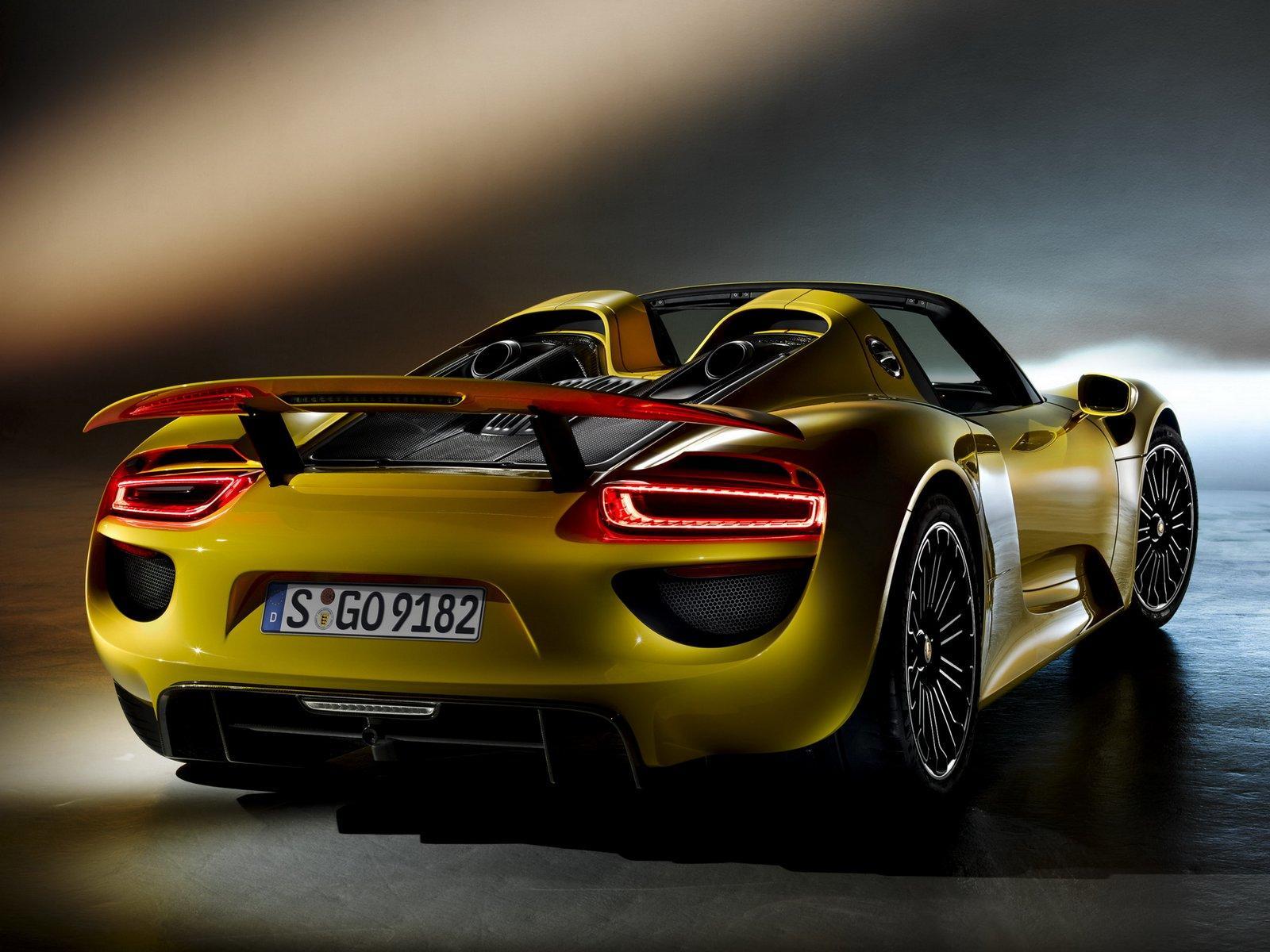 Yellow Porsche 918 Spyder Looks Amazing - GTspirit