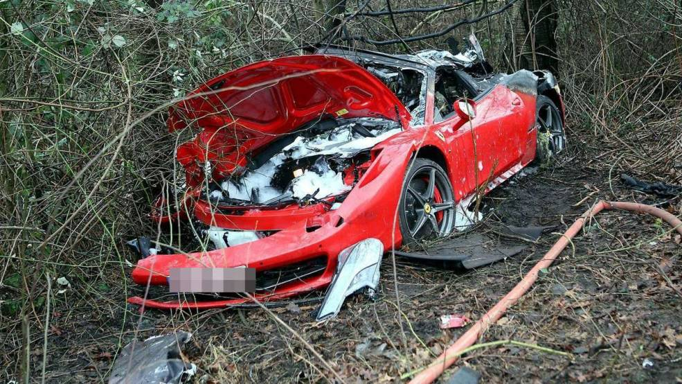Delicieux Ferrari 458 Spider Crashes In Germany Killing Two