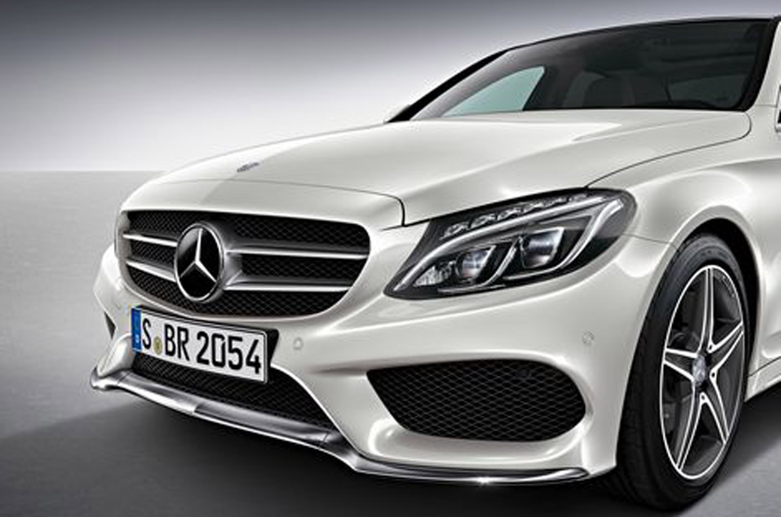 2014 mercedes benz c class amg package previewed gtspirit for Mercedes benz packages