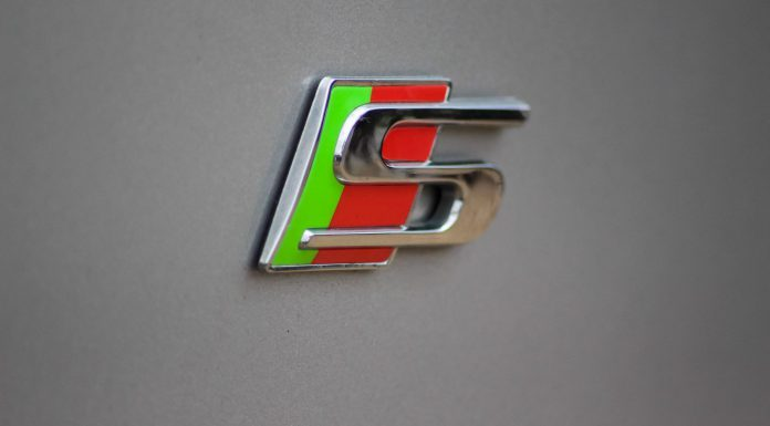 Jaguar XF Sportbrake Badge