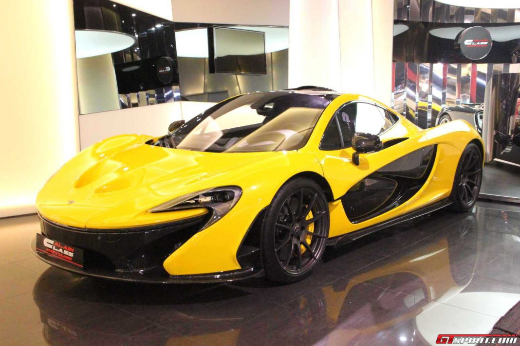 mclaren p1 for sale in dubai gtspirit. Black Bedroom Furniture Sets. Home Design Ideas