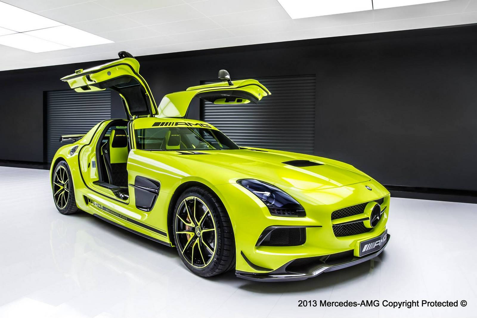 Official mercedes benz sls amg black series by amg for Mercedes benz motorsport
