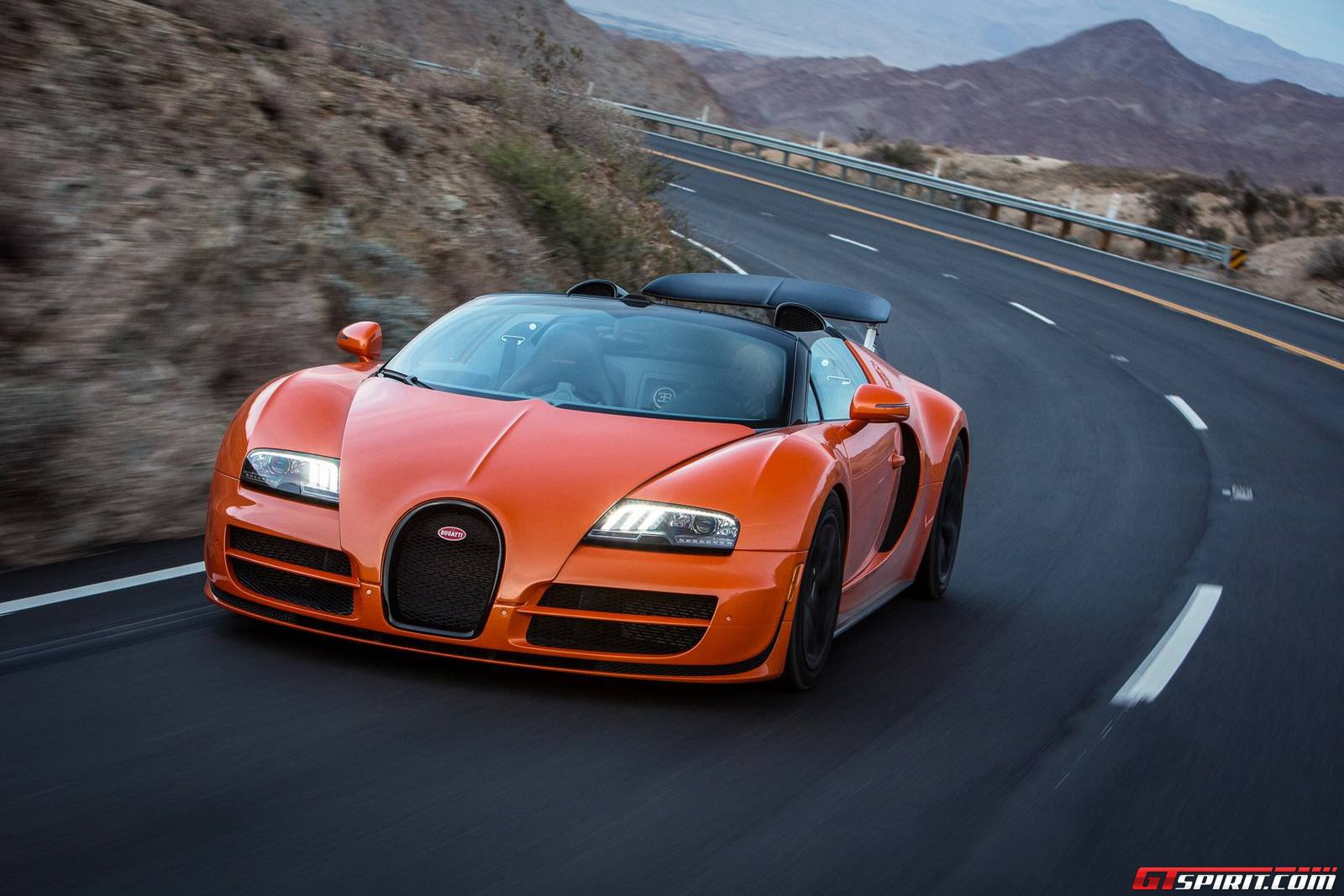 bugatti dynamic drive experience in palm springs route 74. Black Bedroom Furniture Sets. Home Design Ideas