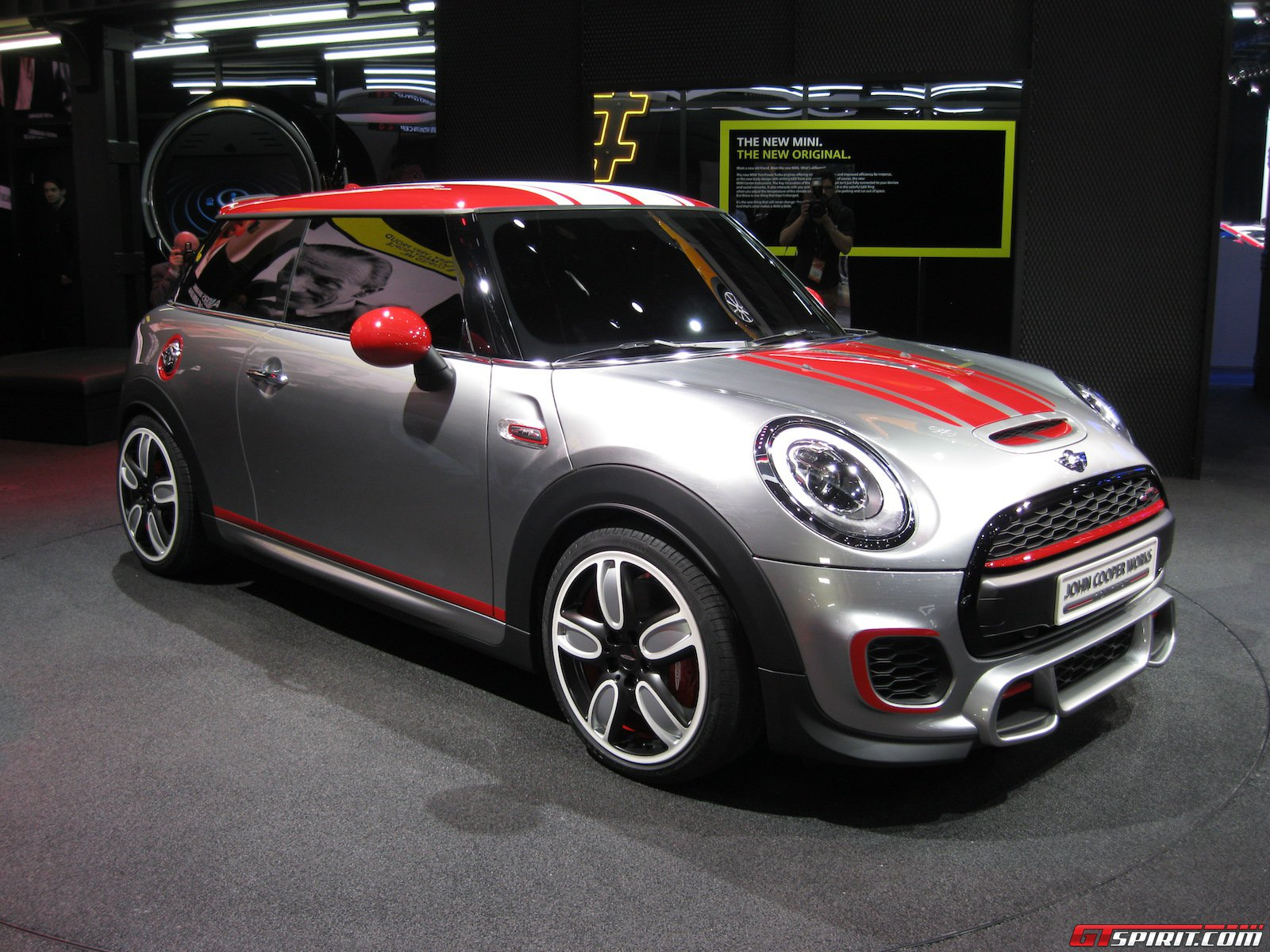 detroit 2014 mini john cooper works concept gtspirit. Black Bedroom Furniture Sets. Home Design Ideas