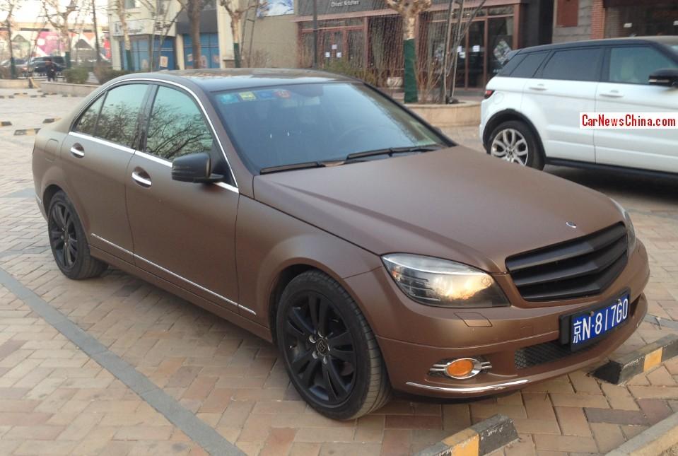Chinese matte brown mercedes benz c class is sickening for Brown mercedes benz