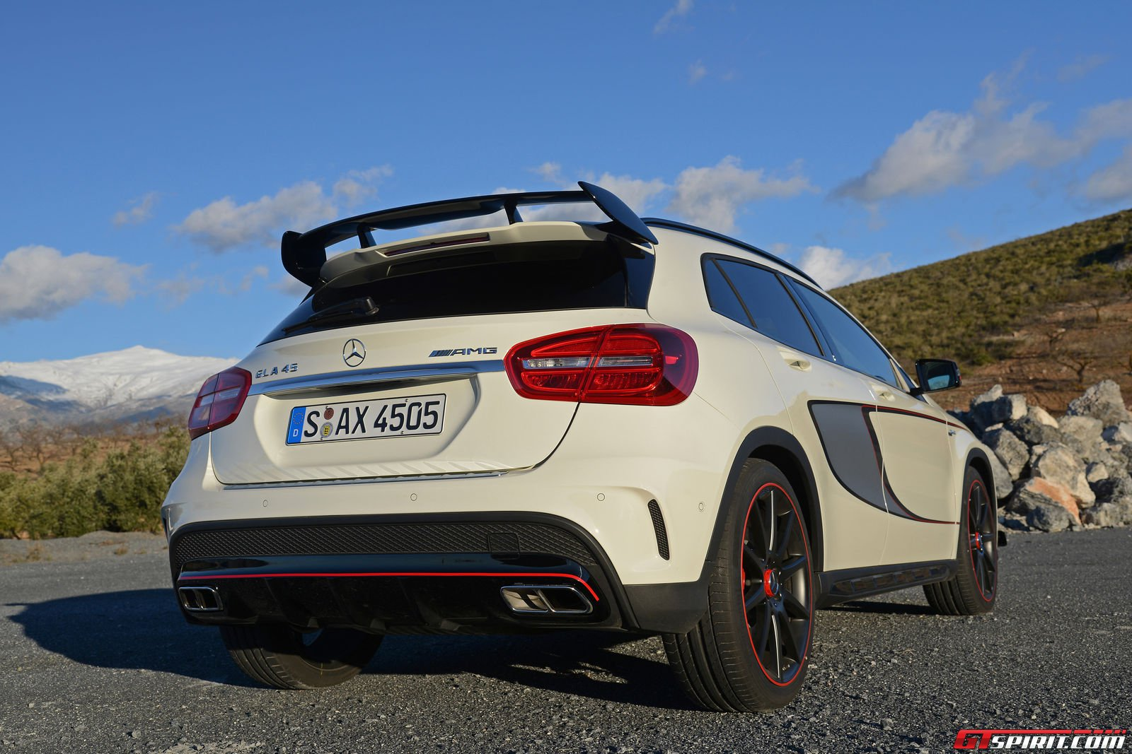 road test 2015 mercedes benz gla 45 amg edition 1 review. Black Bedroom Furniture Sets. Home Design Ideas