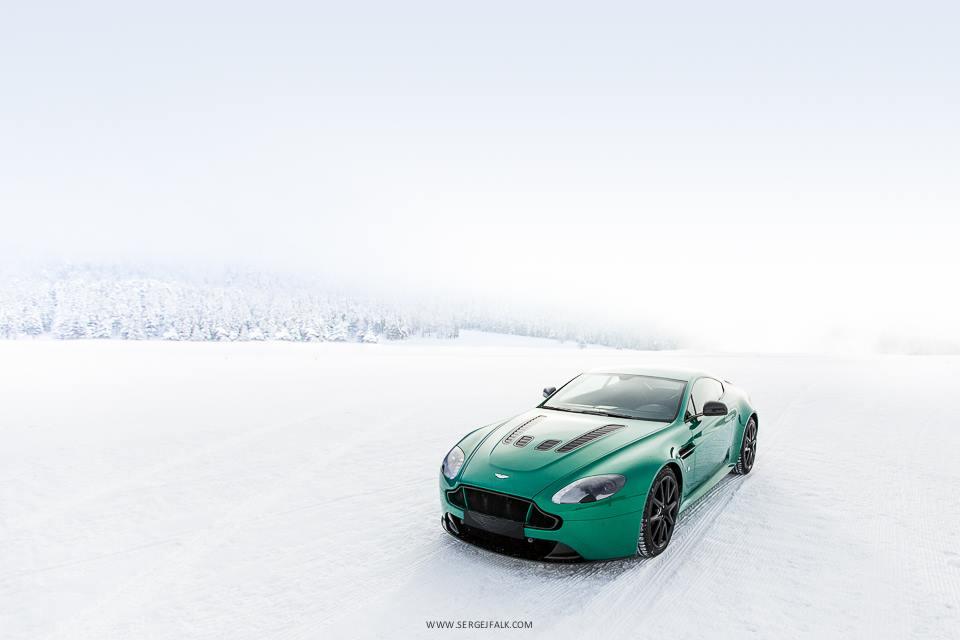 Aston Martin On Ice 2014 In St Moritz Gtspirit