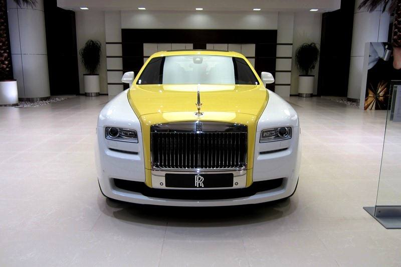Rolls-Royce Ghost In English White And Semaphore Yellow