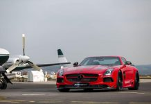 Official: Mercedes-Benz SLS AMG Black Series by Domanig