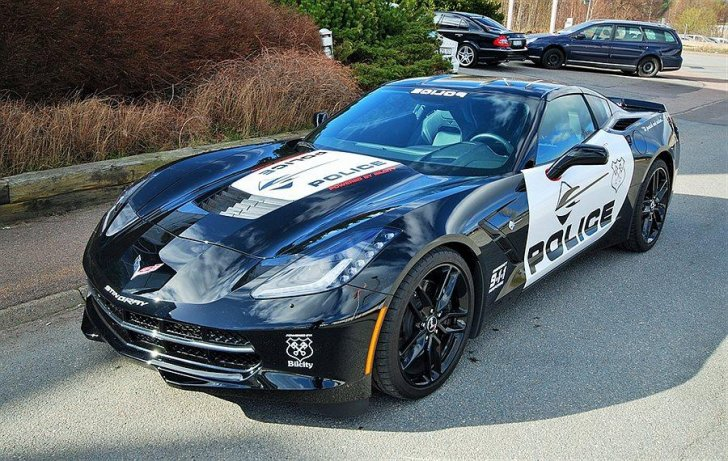 Transformers Inspired C7 Corvette Stingray For Sale in Sweden