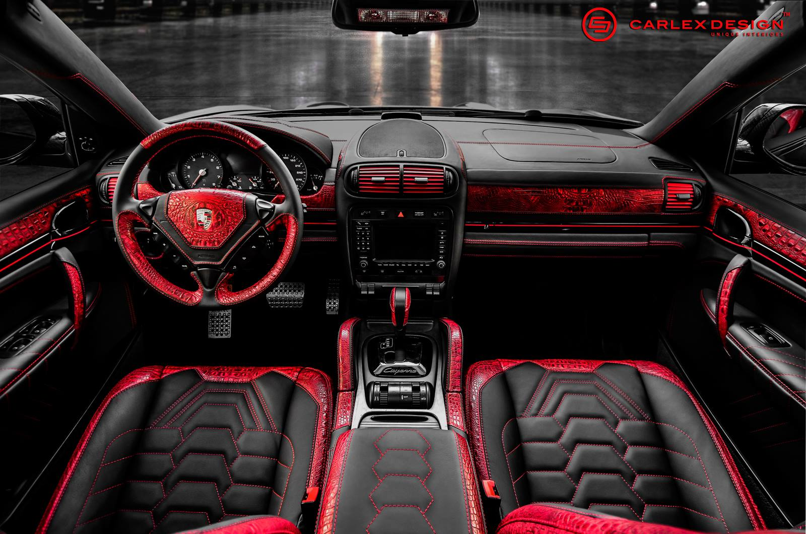 Official porsche cayenne by carlex design gtspirit Porsche cayenne interior parts