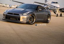 Alpha 7+ Nissan GT-R Black Edition with Strasse Wheels
