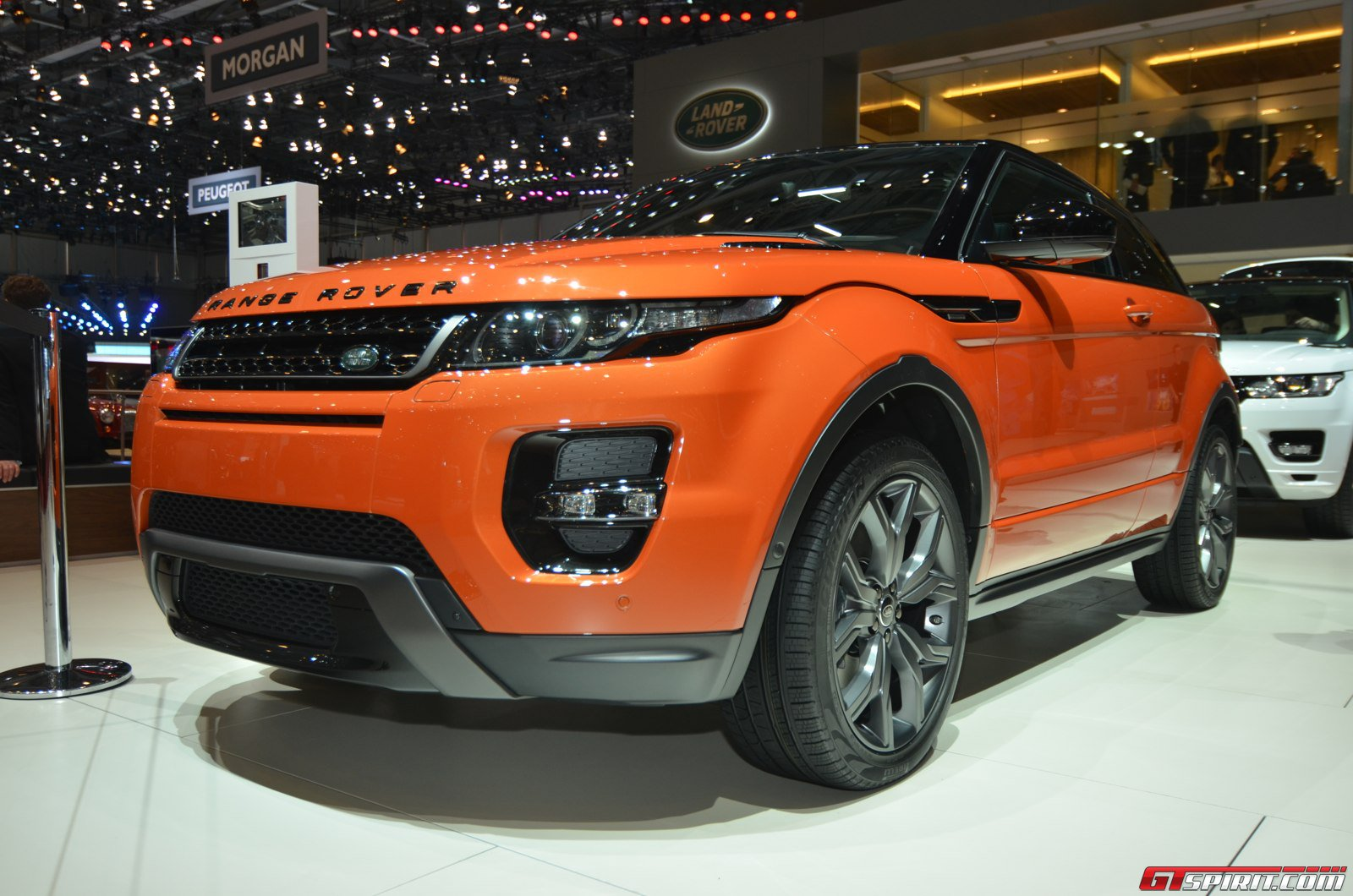 geneva 2014 range rover evoque autobiography dynamic gtspirit. Black Bedroom Furniture Sets. Home Design Ideas