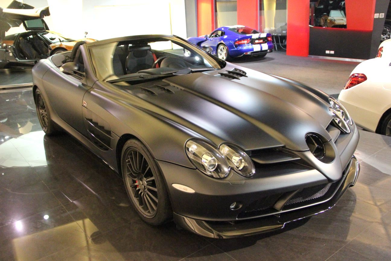 Stunning matte black mercedes benz slr 722 s roadster for for Matte mercedes benz
