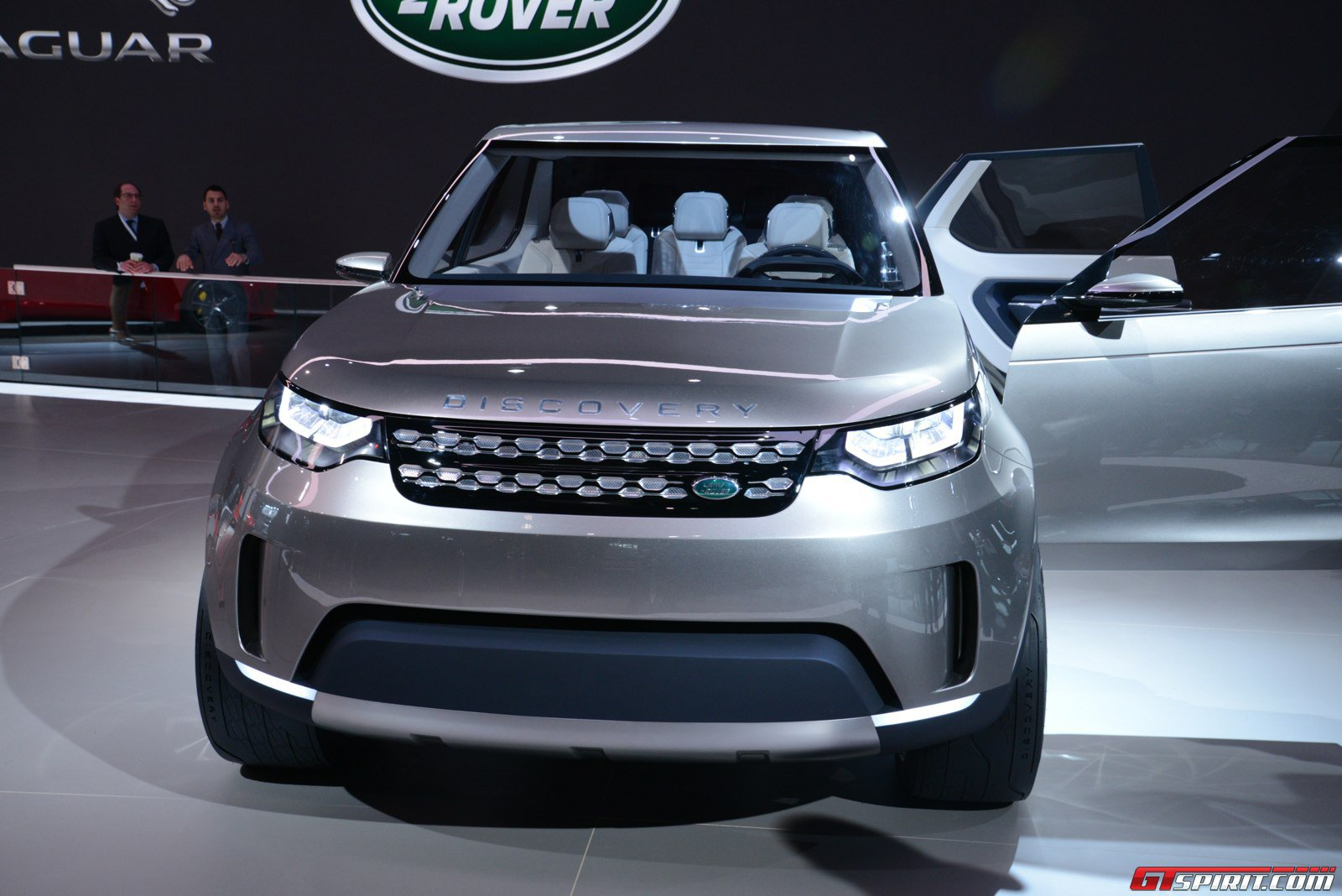 land rover announces new discovery sport to replace freelander gtspirit. Black Bedroom Furniture Sets. Home Design Ideas