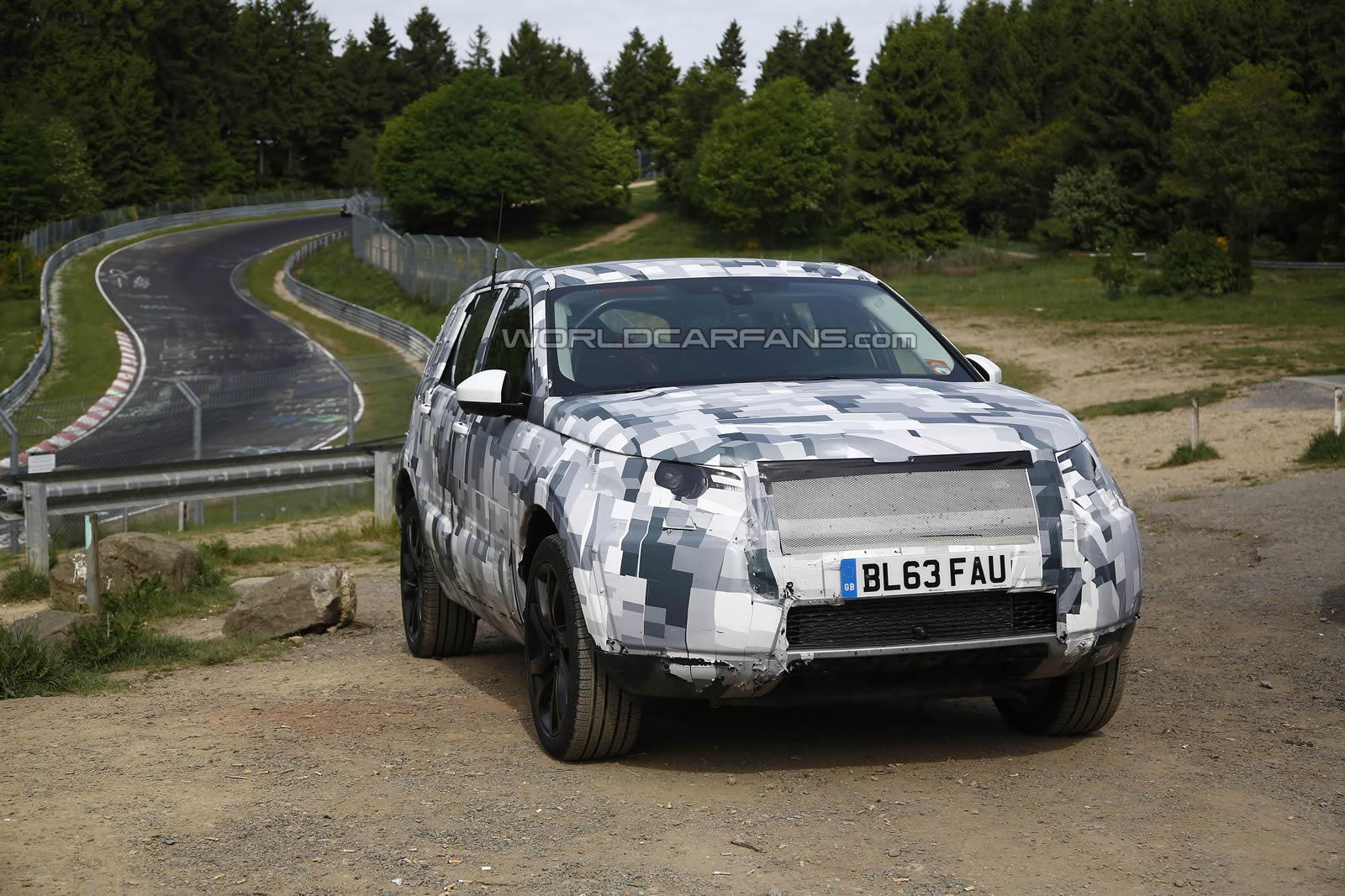 land rover discovery sport spied testing at the nurburgring gtspirit. Black Bedroom Furniture Sets. Home Design Ideas