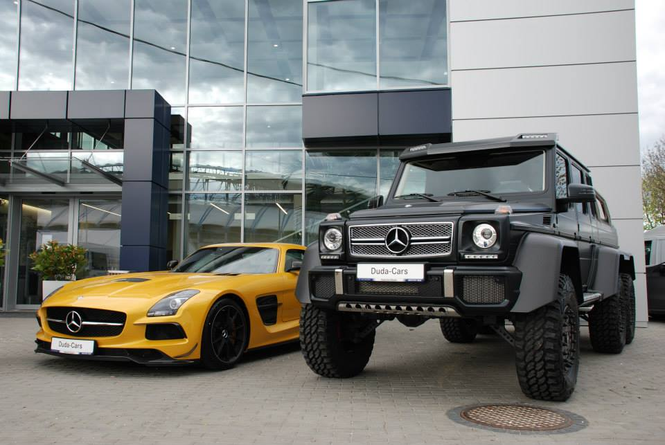 Power duo mercedes benz sls amg black series and g63 amg for Mercedes benz g wagon 6x6 for sale