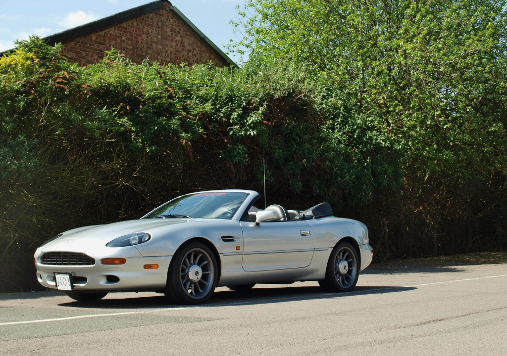 Aston Martin Db7 Volante Owned By Jennifer Lopez Heading