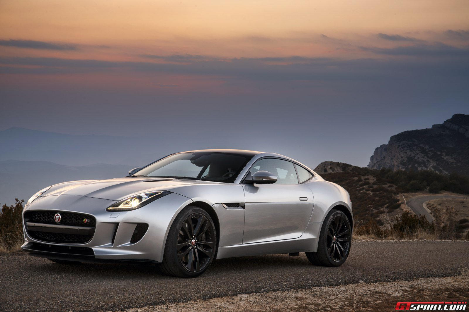 jaguar f type reportedly receiving manual transmission and all wheel rh gtspirit com all wheel drive manual transmission for sale all wheel drive manual transmission convertible