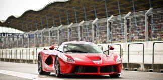 Ferrari LaFerrari Owners Spending Up to $1.6 Million Premiums