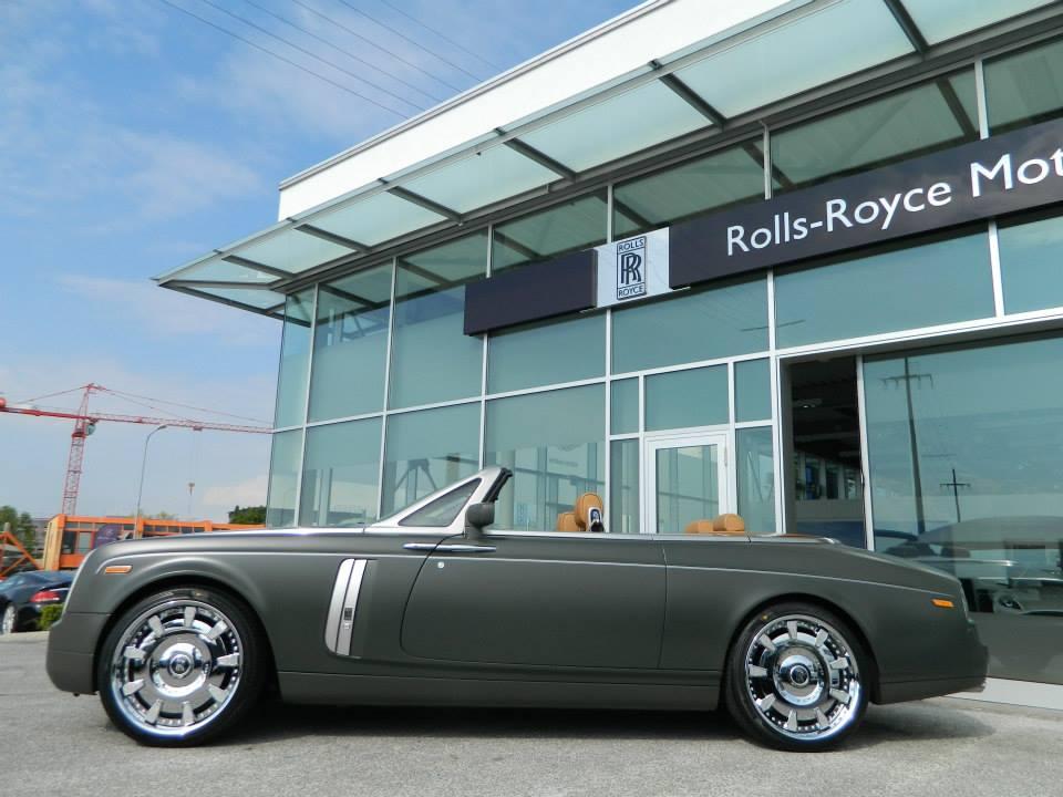 Matte Military Green Rolls-Royce Phantom Drophead