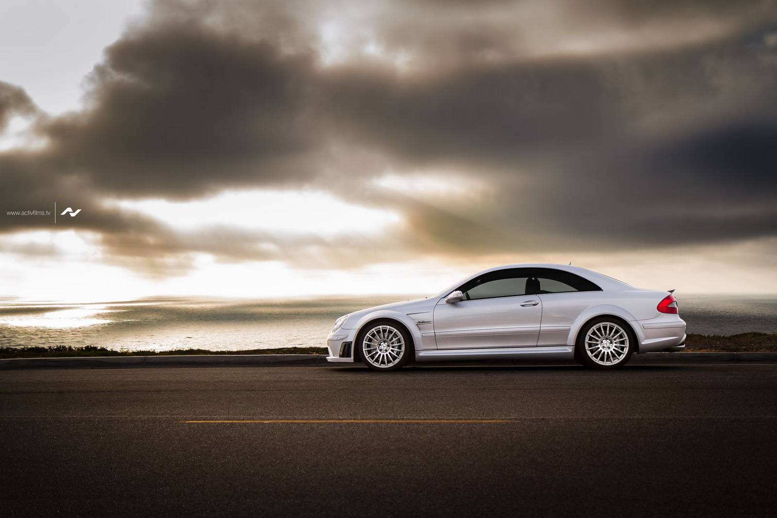 Photo of the day mercedes benz clk63 amg black series for Mercedes benz black series