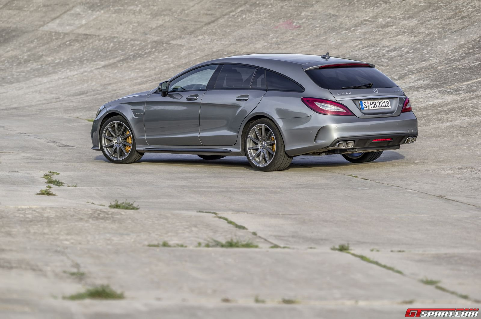 2015 mercedes benz cls 63 s amg review gtspirit. Black Bedroom Furniture Sets. Home Design Ideas