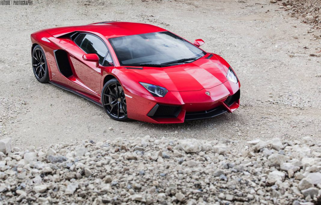 Gallery: Red Lamborghini Aventador With Black Wheels is Gorgeous