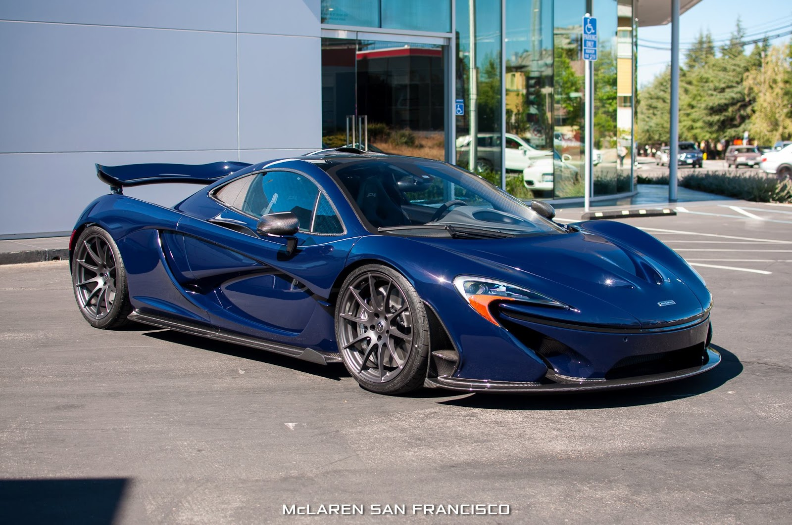stunning dark blue mclaren p1 arrives in san francisco gtspirit. Black Bedroom Furniture Sets. Home Design Ideas