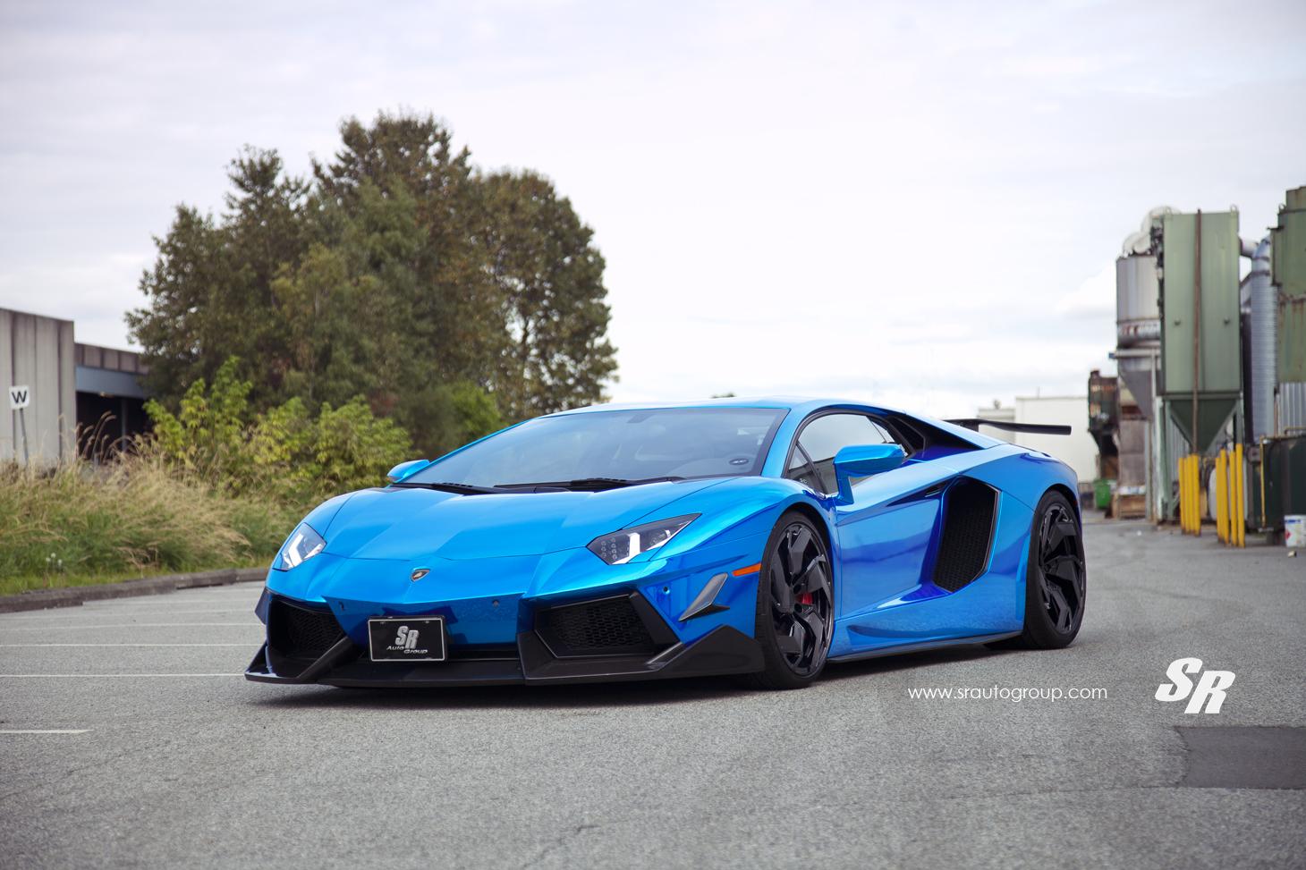 supercar - Lamborghini Aventador Blue Chrome