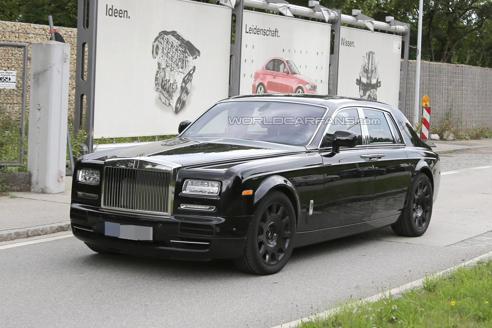 Next-Generation Rolls-Royce Phantom Spied Inside and Out - GTspirit