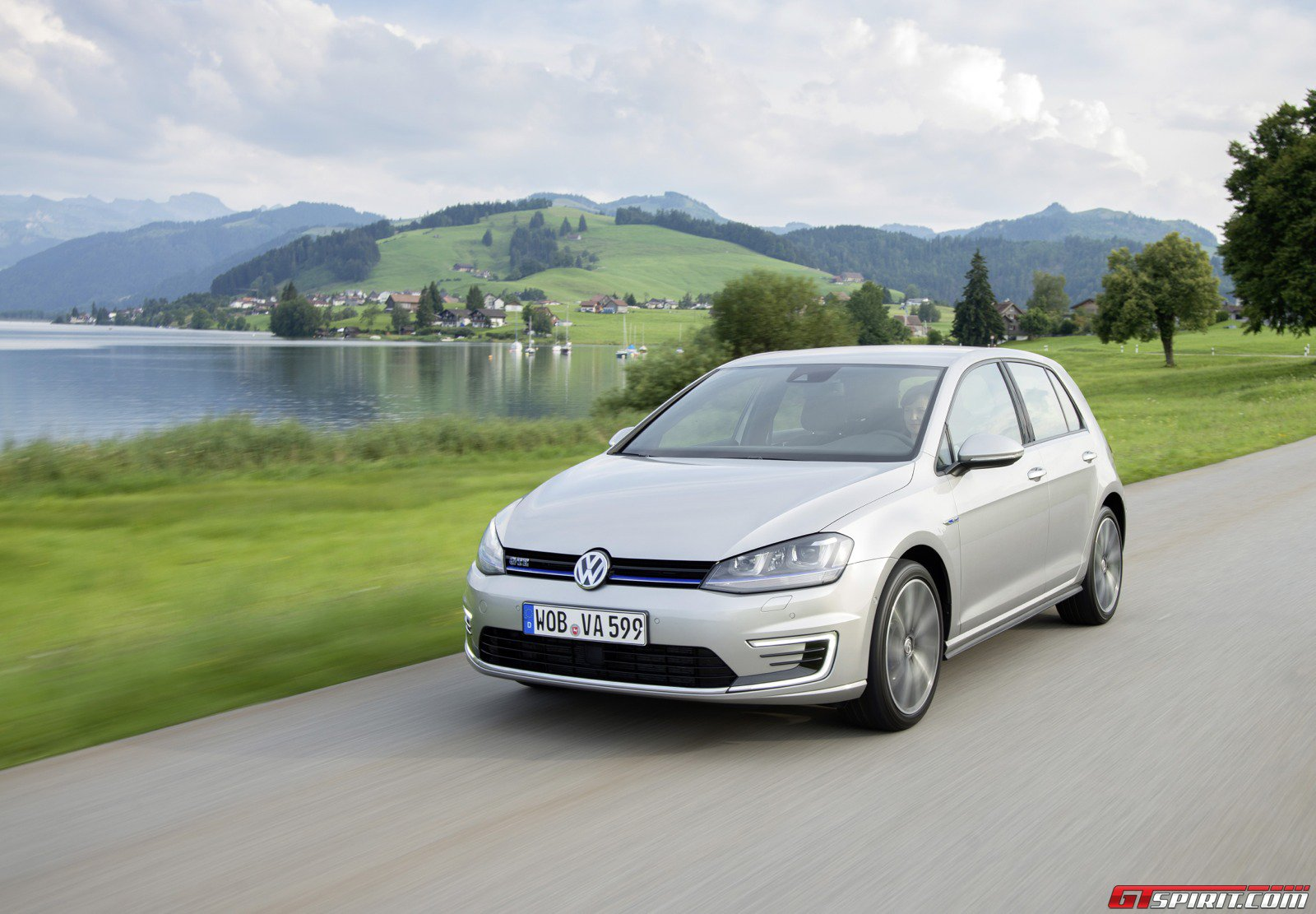 2015 volkswagen golf gte review gtspirit. Black Bedroom Furniture Sets. Home Design Ideas
