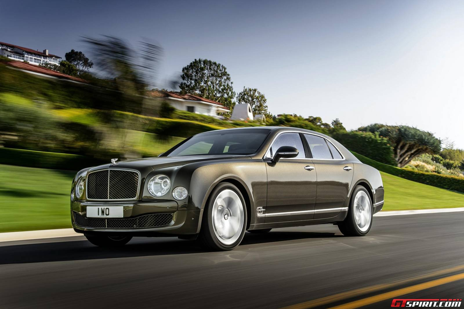 Official: 2015 Bentley Mulsanne Speed - GTspirit