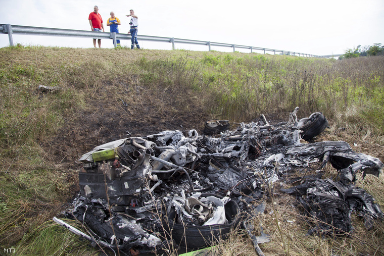 lamborghini huracan reduced to ashes in fiery hungarian crash gtspirit. Black Bedroom Furniture Sets. Home Design Ideas