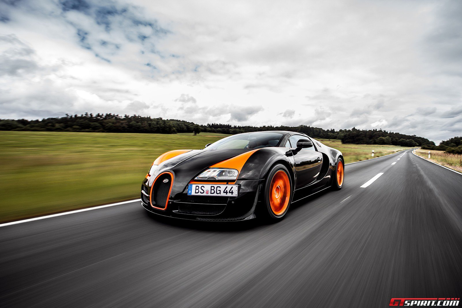 Bugatti Veyron Grand Sport Vitesse World Record Car Review