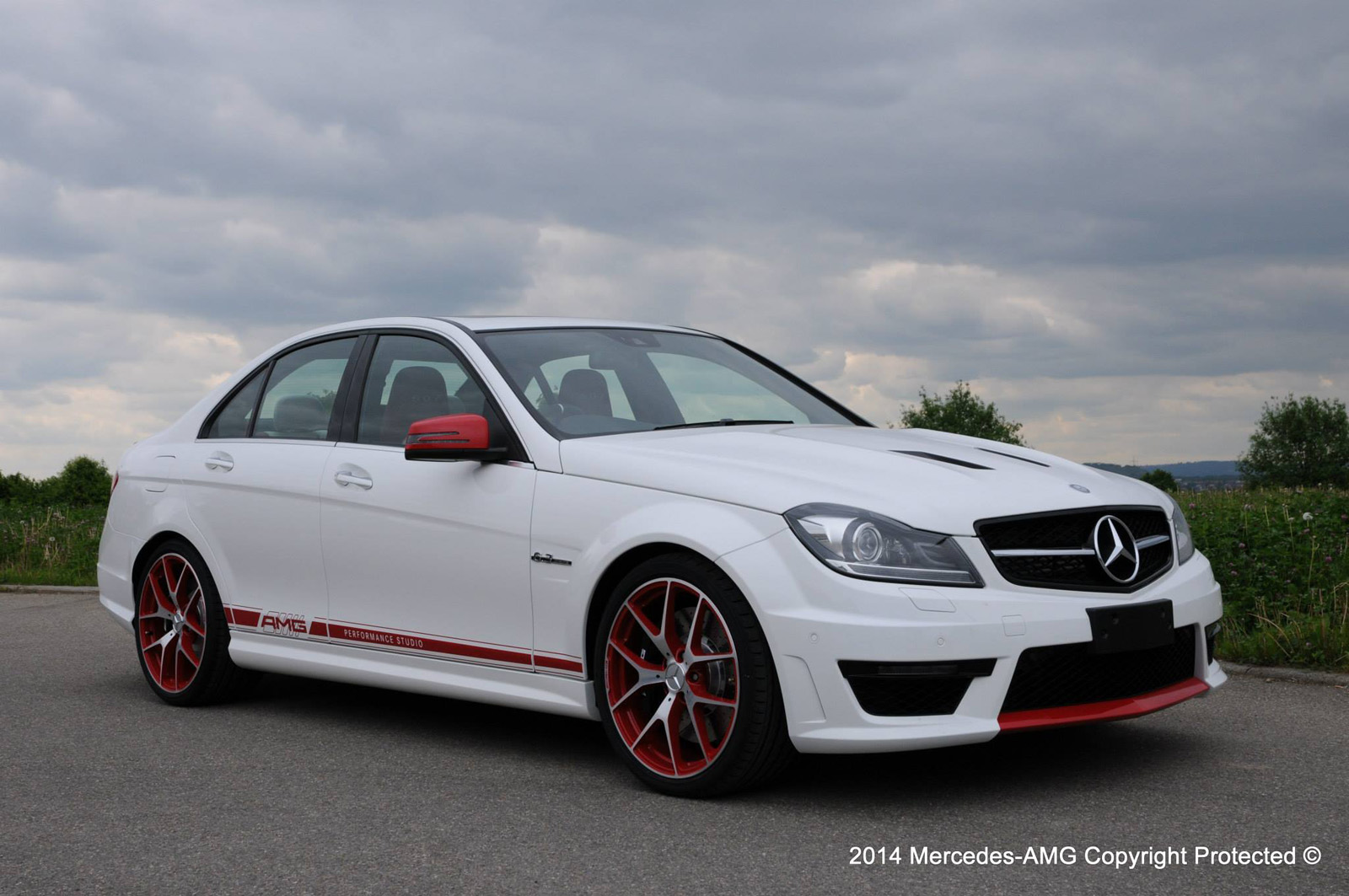Special mercedes benz c63 amg edition 507 unveiled for for 2014 mercedes benz c63 amg edition 507 for sale