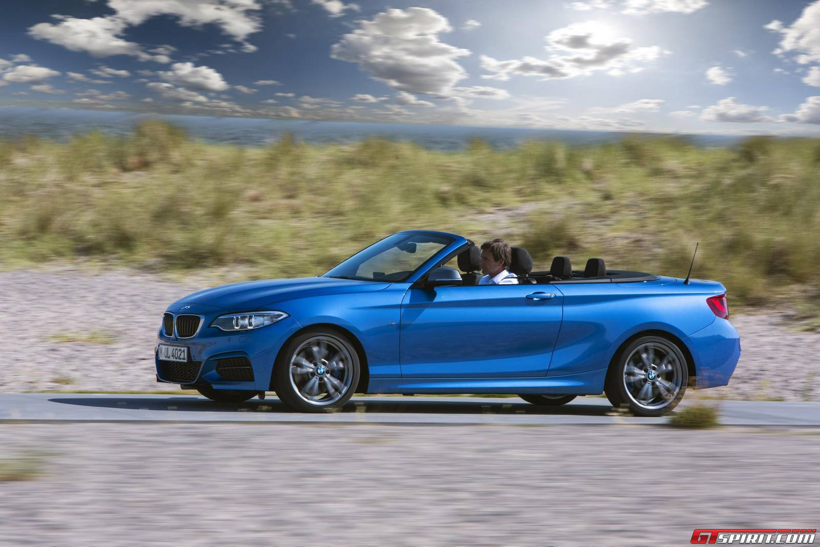 bmw 2 series convertible priced from 29 180 in the uk. Black Bedroom Furniture Sets. Home Design Ideas