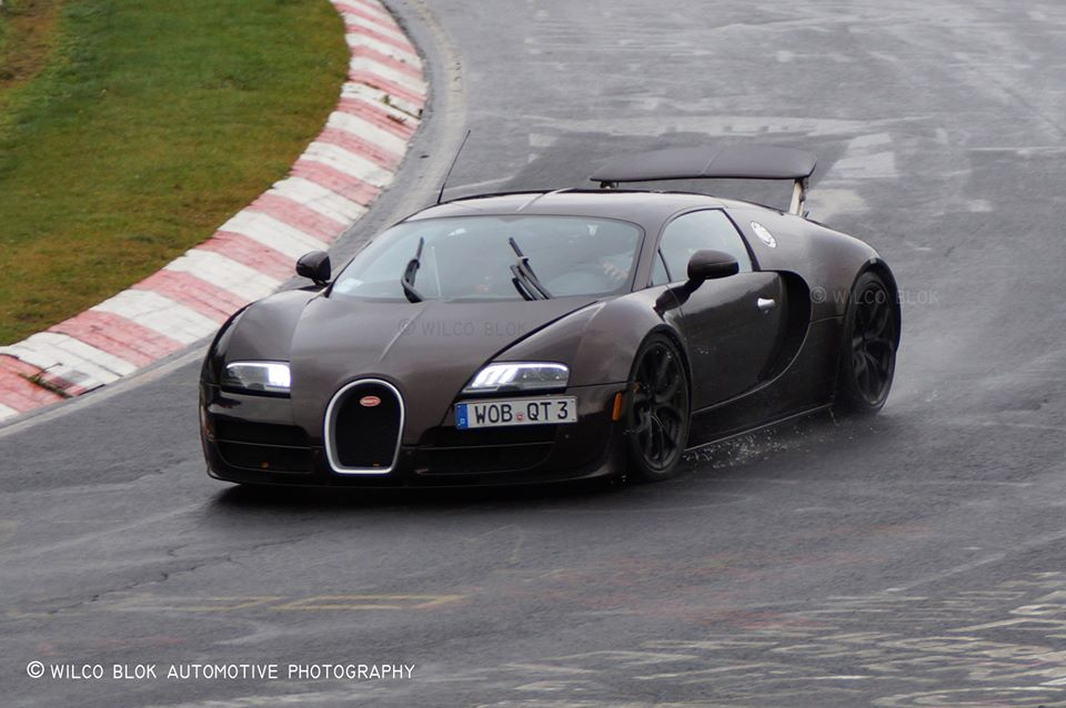 bugatti veyron hybrid prototype spied testing again gtspirit. Black Bedroom Furniture Sets. Home Design Ideas