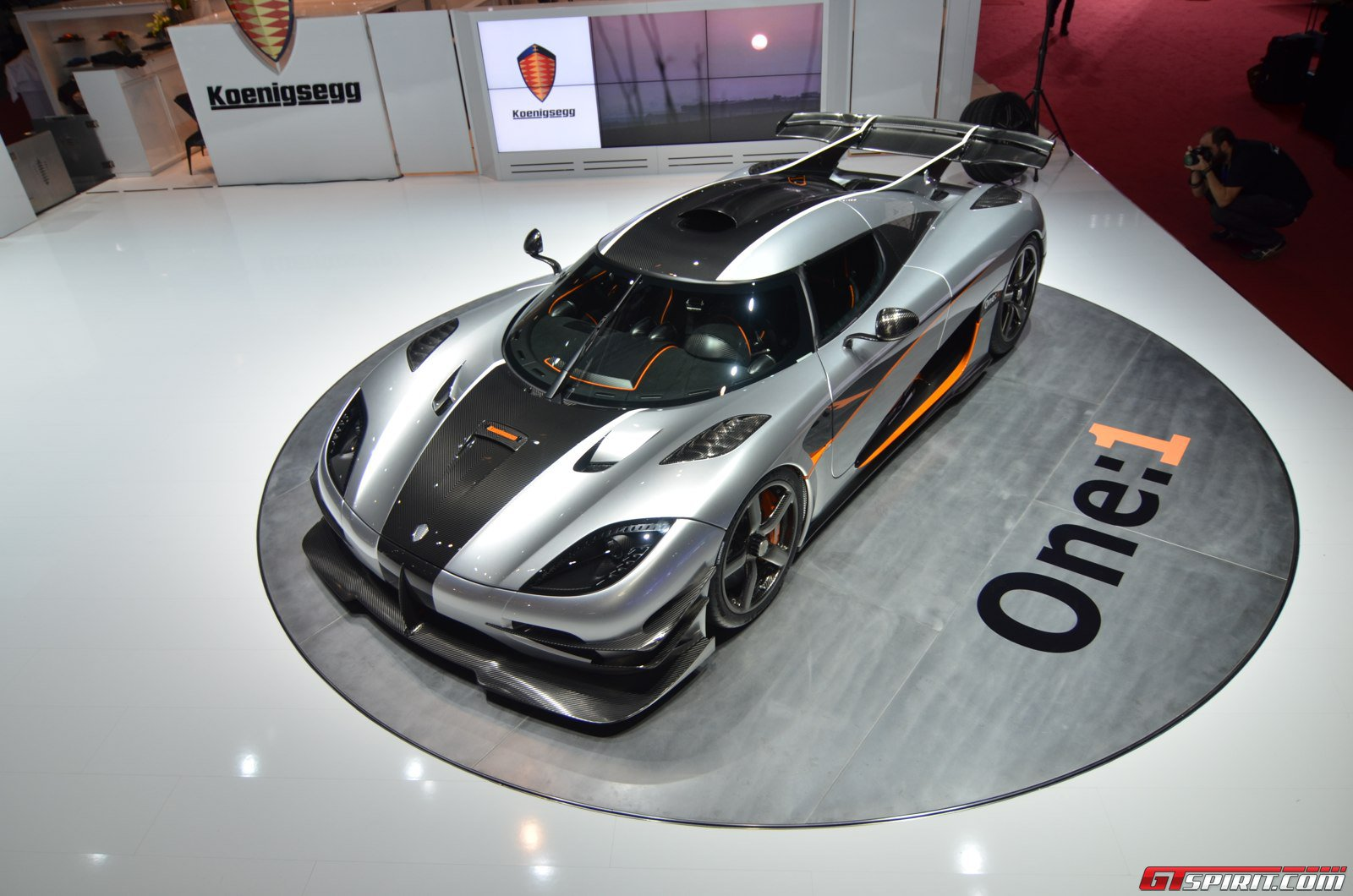 first koenigsegg one 1 registered in germany massive power leads to computer glitch gtspirit. Black Bedroom Furniture Sets. Home Design Ideas