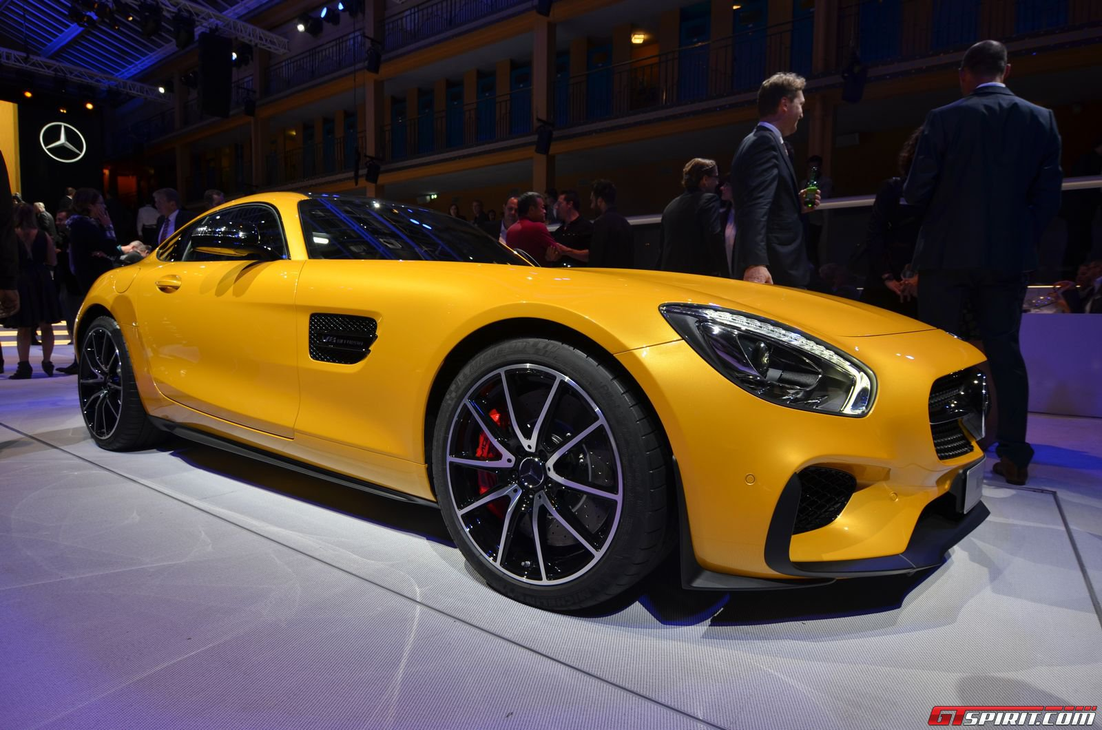 paris 2014 2015 mercedes amg gt edition 1 gtspirit. Black Bedroom Furniture Sets. Home Design Ideas