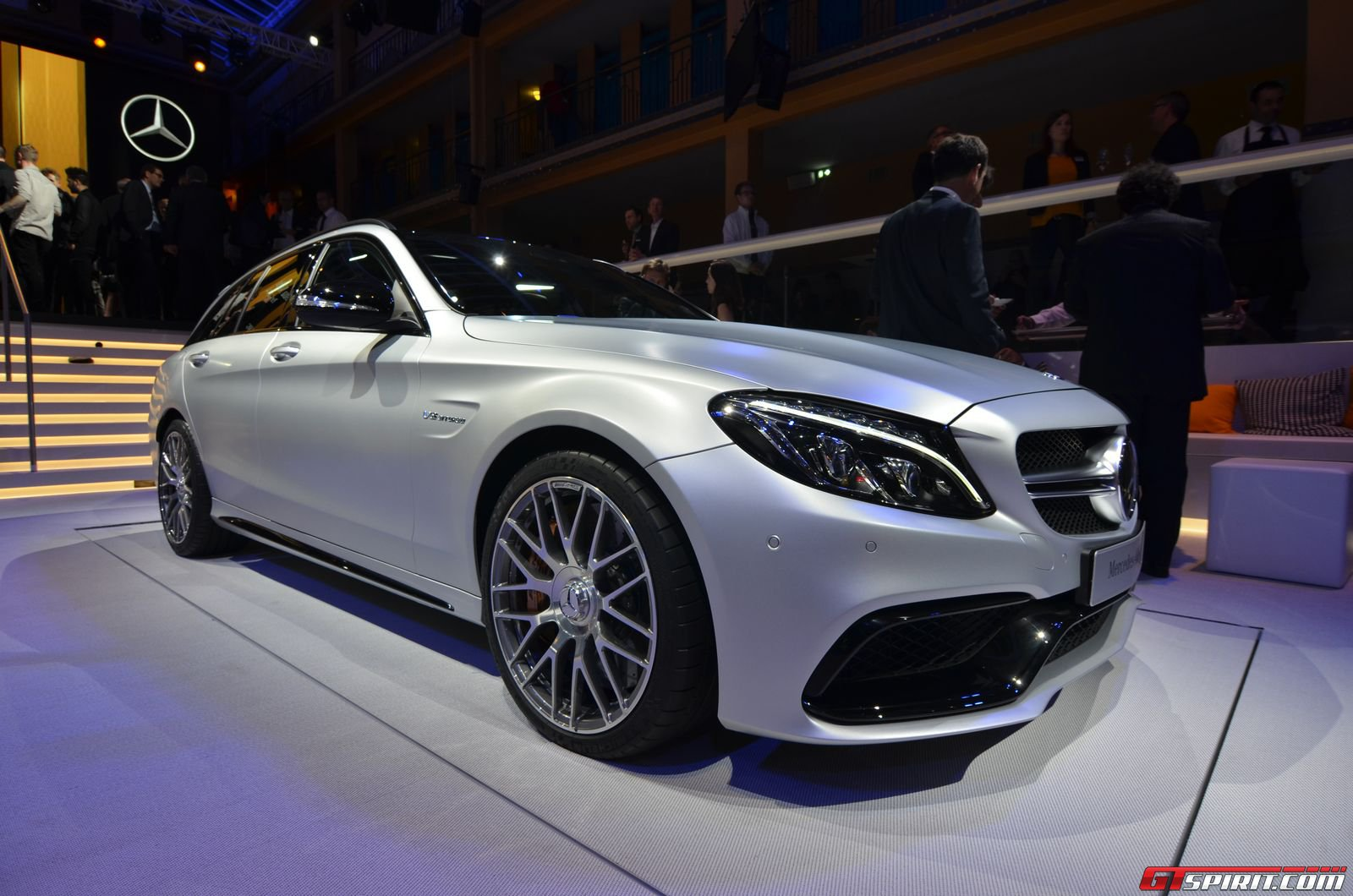 Paris 2014 2015 mercedes amg c63 and c63 s gtspirit for Mercedes benz c63 amg 2014