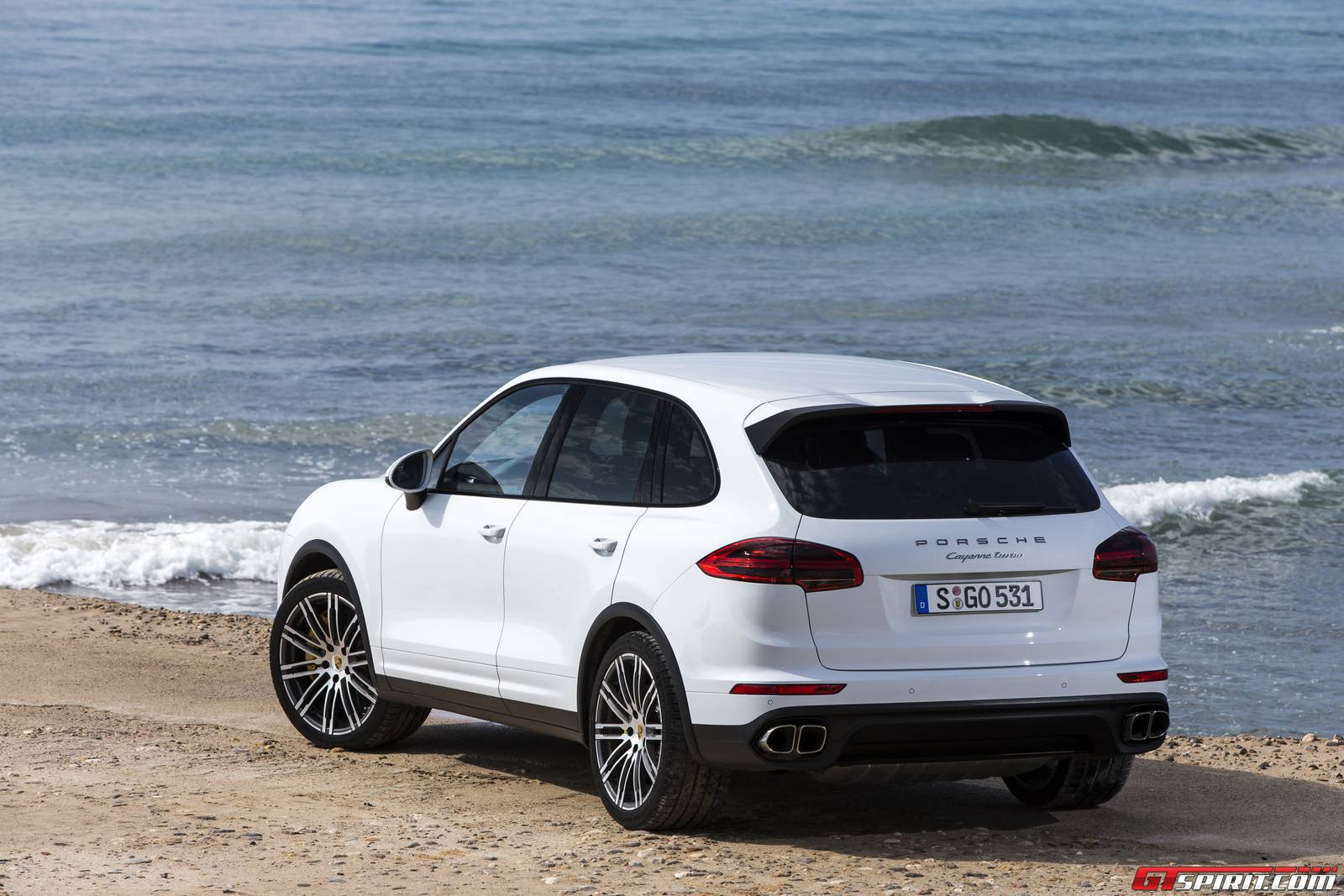 Porsche Cayenne Turbo Carrara White Metallic